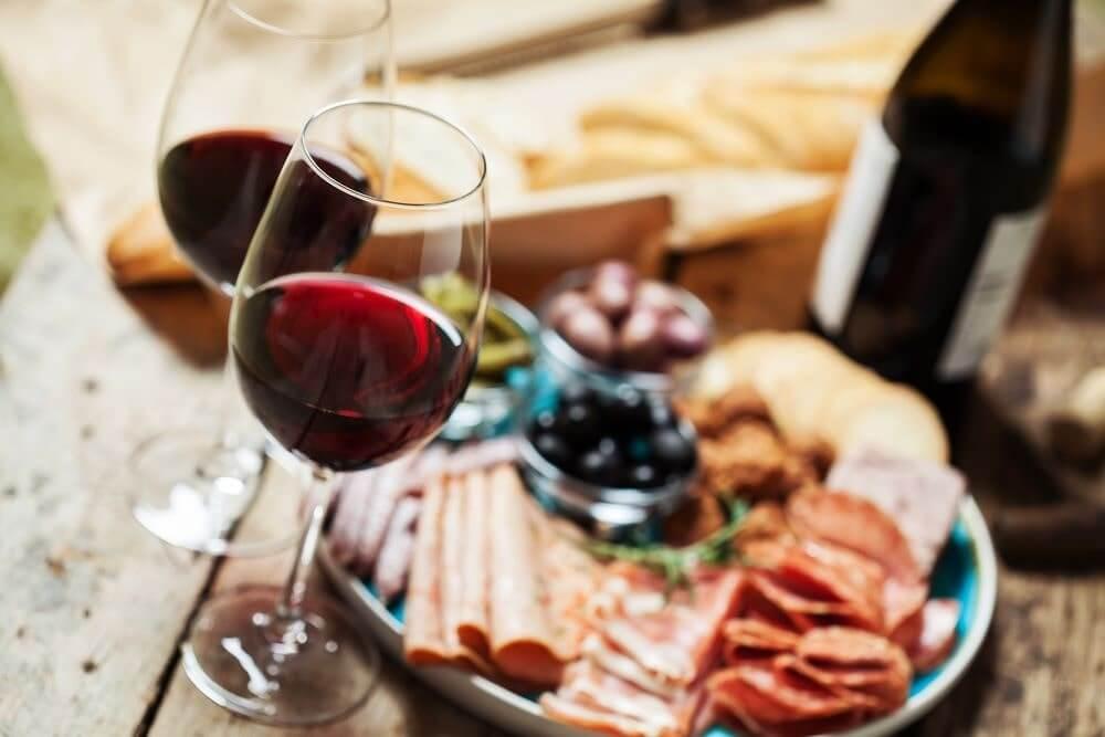 vinho beaujolais harmonização