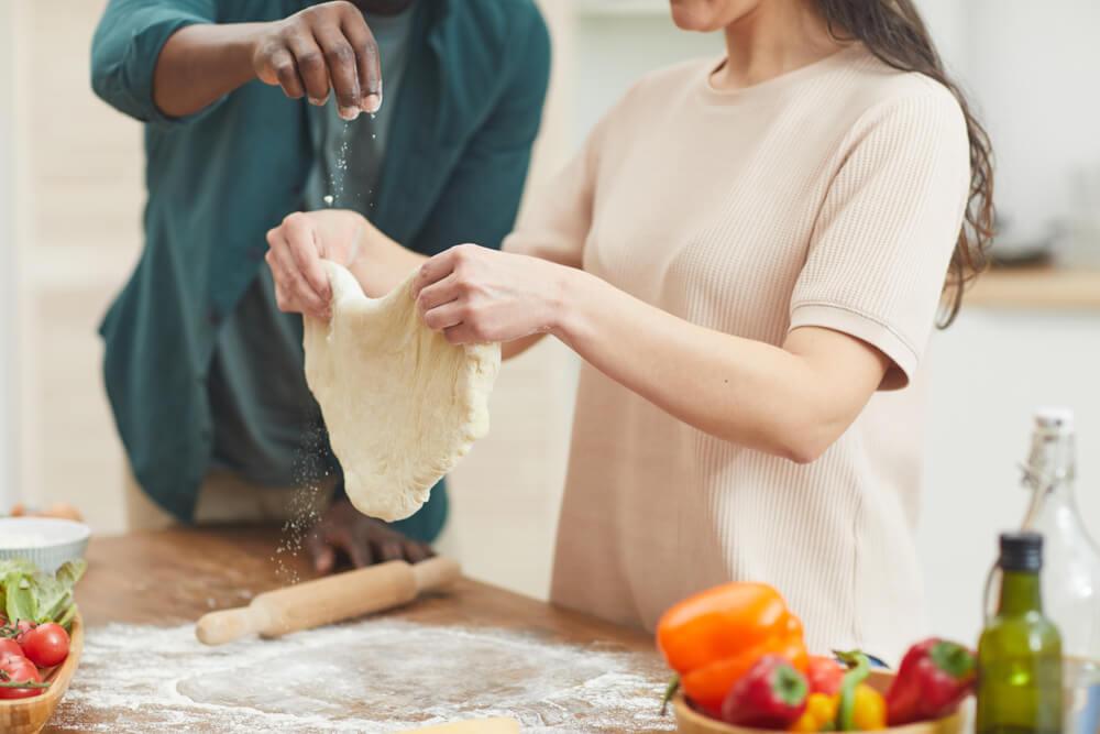 7 Receitas De Massa De Pizza: Aprenda A Fazer Em Casa!